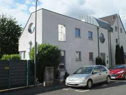 Außergewöhnliches Haus mit Still inkl. 2 Parkplätzen