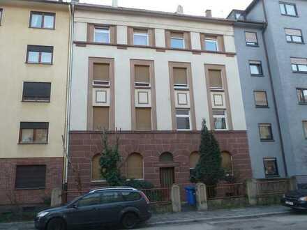 Schöne zwei Zimmer Wohnung in Ludwigshafen am Rhein, Nord/Hemshof