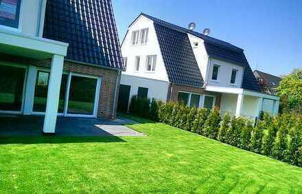 Alt-Meererbusch: Luxuriöse Neubau-DHH in Villenlage