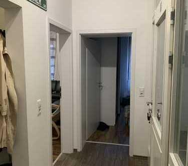 Neuwertige 3-Raum-Erdgeschosswohnung mit Küche