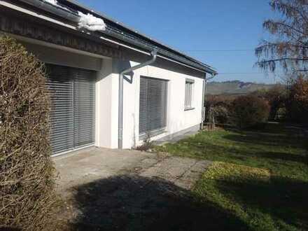 Schönes Haus mit sechs Zimmern, vollständig renoviert, in Rems-Murr-Kreis, Weinstadt