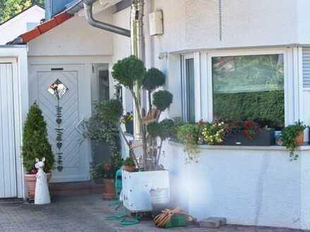 Schönes, geräumiges Haus mit drei Zimmern in Böblingen (Kreis), Sindelfingen