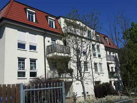 Attraktive 2-Zimmer-Wohnung mit Terrasse und Tiefgaragenstellplatz in der Südvorstadt!