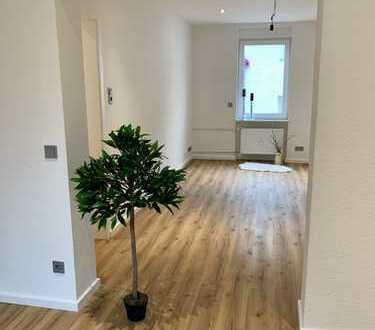 Heimkommen und Wohlfühlen: Frisch renovierte 2-Zimmer-Wohnung in zentraler Lage!