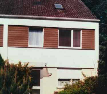 Schönes Haus in zentraler Lage, 5er-WG geeignet, ruhig gelegen
