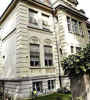 Exclusive Garçonnière in Jugendstilvilla mit Blick über Wiesbaden (möbliert)