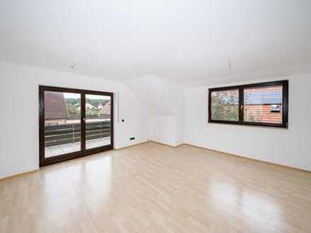 Helle Wohnung mit sonniger Loggia in idyllischer Umgebung!