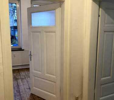 4-Zimmer-Altbauwohnung im Bielefelder Osten
