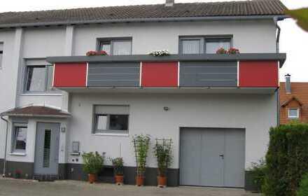 Zweifamilienhaus in ruhiger Lage von Privat zu verkaufen