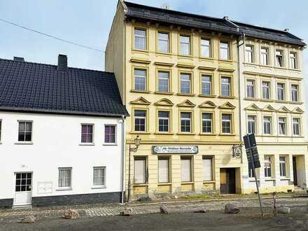 Mehrfamilienhaus unterhalb der Osterburg