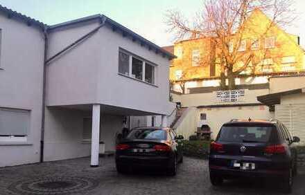 Hochwertiges Zweifamilienhaus - Provisionsfrei - Kapitalanlage
