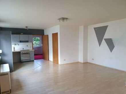 Freundliche helle 2-Zimmer-Wohnung in Altlußheim