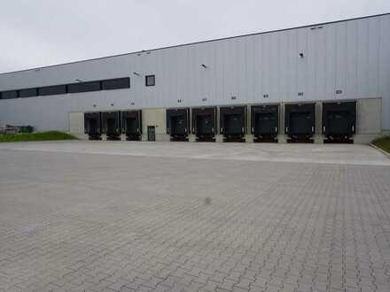 Günstiger Mietpreis: Top Logistikhalle, ca. 2.100 qm, LKW-Rampen, Hubbühnen, bei Nagold