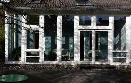Schönes, geräumiges Haus mit vier Zimmern in Düsseldorf, Golzheim