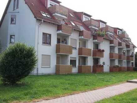 Gepflegte 2-Zimmer-Wohnung mit Balkon in Glauchau