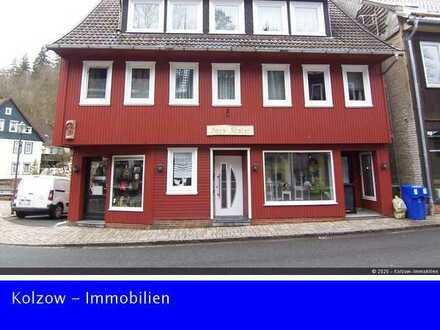 Gepflegtes Wohn- und Geschäftshaus im Zentrum von Altenau