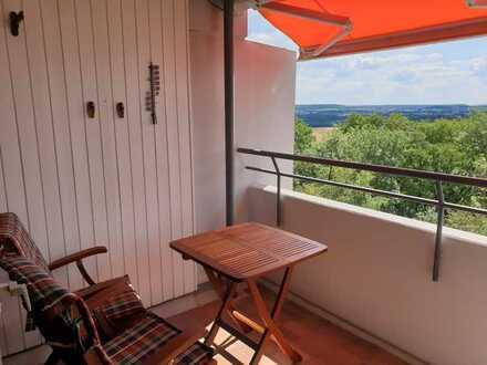 Helle, ruhige 1,5-Zimmer Wohnung mit Balkon und EBK in Stuttgart-Asemwald