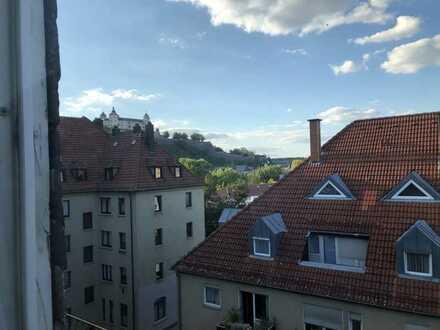 Schöne drei Zimmer Wohnung in Würzburg