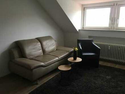 Stilvolle, modernisierte 1,5-Zimmer-DG-Wohnung mit EBK in Filderstadt-Plattenhardt