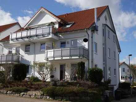 Frei werdende* 4-Zimmer-Wohnung mit Terrasse in ruhiger Lage. EBK & TG-Stellplatz & WN-Bittenfeld