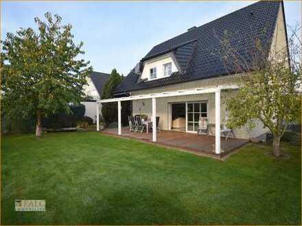 Absolut seltenes Angebot ! Traumhaftes Einfamilienhaus in Herford-Elverdissen !