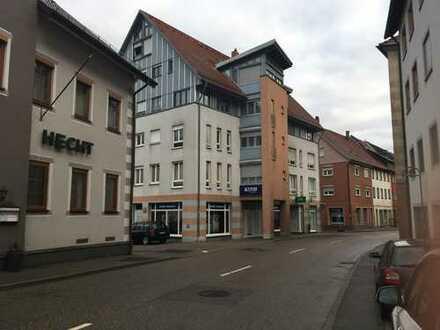 geräumiges Ladenlokal an der Hauptstrasse mit 100 m²Verkaufsfläche