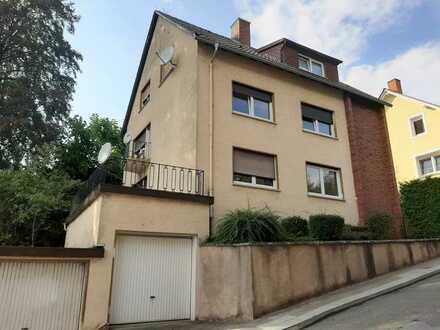 Geschmackvolle 4 ZKB Wohnung in Seitenstraße nähe Stadtmitte (Nr.244)