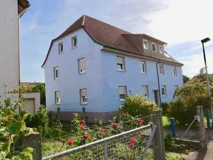 Mehrfamilienhaus zur Sanierung oder Neubau nach Abriss in Toplage!