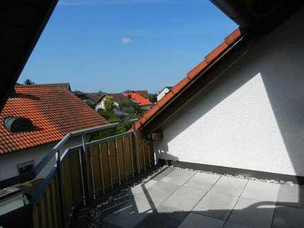 Schöne 2 1/2-Zi-Dachgeschosswohnung mit herrl. Aussicht