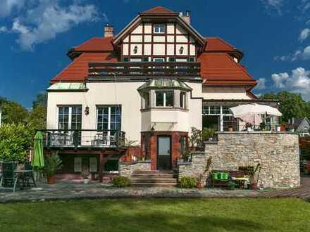 Luxuriöse, möbilierte Villa mit 8- Zimmern in Dresden, Strehlen