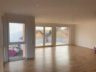 Tolle Neubau-Maisonett-Wohnung - 4 Zi/Kü/Bad - zum Erstbezug in Kandel Minderslachen