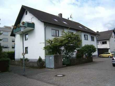 Gepflegte 3-Zimmer-Wohnung mit Balkon in Eggenstein