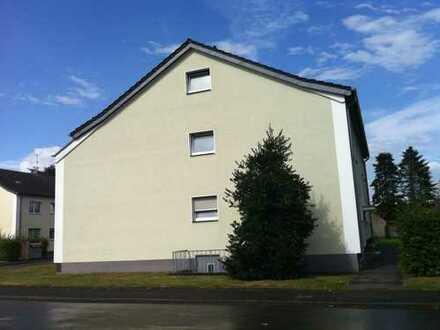 Schöne sanierte 3-Zimmerwohnung EG in Dinslaken-Bruch - Magdalenenstr. 61 im ruhigen 4-Familienhaus