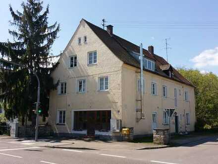 Gaststätte mit Außenterasse, im OG 3 Wohnungen , Nähe Ortsmitte Geisenfeld