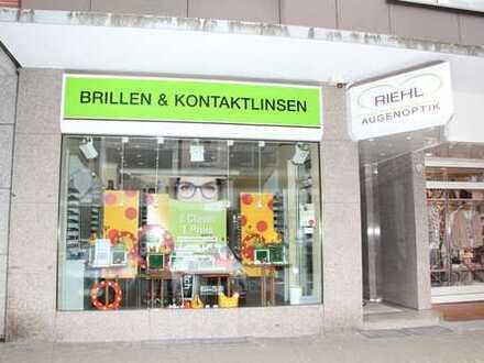 Im Zentrum vom Horst: Effizient geschnittenes ca. 51 m² großes Ladenlokal im sehr gepflegten Zustand
