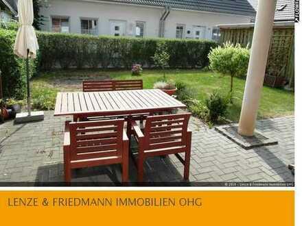 Helle 2,5 Zimmer Erdgeschosswohnung mit Terrasse und Garten in Rheinlage von Köln Langel - Merkenich