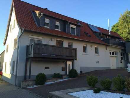 Ein Haus - Zwei Wohnungen mit sechs Zimmern und Einbauküchen in Helmstadt-Bargen OT Bargen
