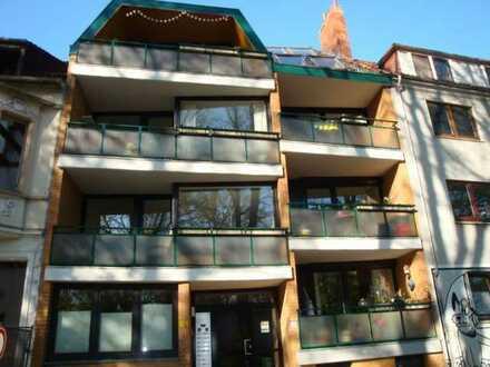 Alte Neustadt! 3 Zimmer Maisonette-Wohnung, Süd-Loggia, EBK-Übernahme-Abschlag, Nichtraucherwohnung!