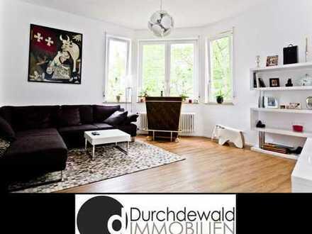 Renovierte 3 - 4-Zimmer Altbauwohnung nahe Hölderlinplatz