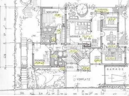 4,5 bis 5-Zimmer-Wohnung mit Balkon in schöner Südhanglage in Grenzach-Wyhlen
