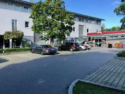 Verkehrsgünstig gelegenes Wohn und Geschäftsgebäude mit guter Infrastruktur.