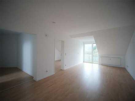 4-ZKB DG-Wohnung mit Balkon in Wellesweiler