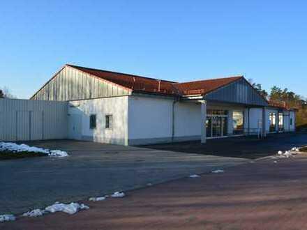 Fläche im Nahversorgungszentrum in Sonnefeld zu vermieten