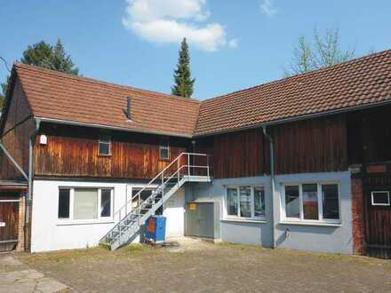 KA-Durlach / Gewerbeflächen im Rückgebäude eines Mehrfamilienhauses zur Nutzung als Lager/Werkstatt