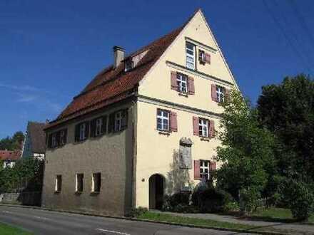Wohnraum-Investition in historischen Mauern