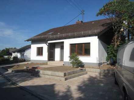 Helles, geräumiges Haus in idyllischer Lage am Waldrand