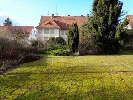Wohnhaus mit ehemaliger Tierarztpraxis und großem Grundstück im Luftkurort Hayingen