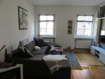 helle, lichtdurchflutete Wohnung mit Wohlfühlfaktor,