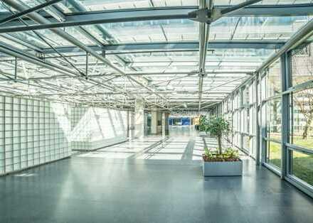 Moderne Büros in ruhiger Lage mit Parkanlage und hauseigener Kantine   PROVISIONSFREI