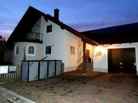 Erstbezug nach Sanierung mit Terrasse und Garten: schöne 5-Zimmer-Wohnung in Ehekirchen-Seibolsdorf